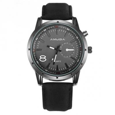 Relógio com bracelete de cor preta